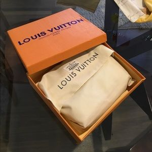 🛍Louis Vuitton empty box and dust bag